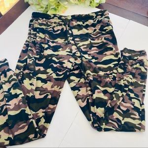 Camouflage brown soft pajama poly pants XL